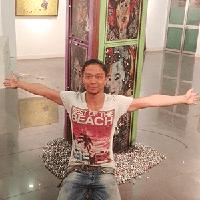 Artist Nguyen Van Ho