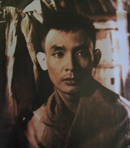 Exhibition of vietnam s biggest expressionist artist opens - Appartement renove hanoi hung manh tran ...