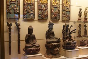 Making A Lasting Impression Of Vietnam Traditional Folf Art