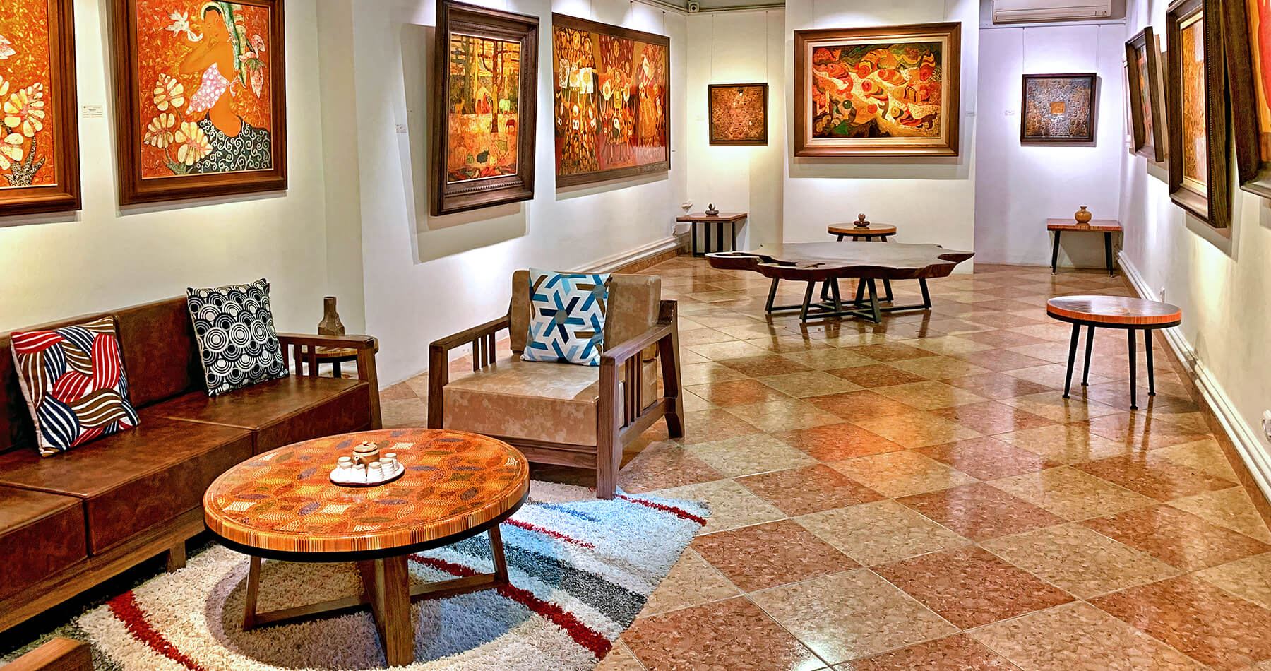 Nguyen Art Gallery Famous Vietnam Artworks and Paintings