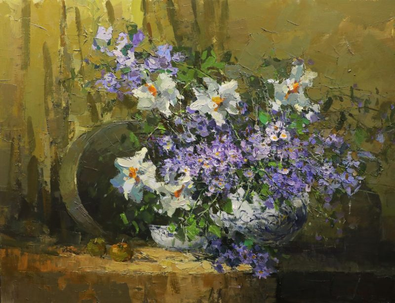 Still Life I - Vietnamese Oil Paintings of Flowers by Artist Le Huong