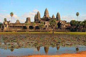 Vietnamese-American Artist Finds Inspiration At Angkor Wat