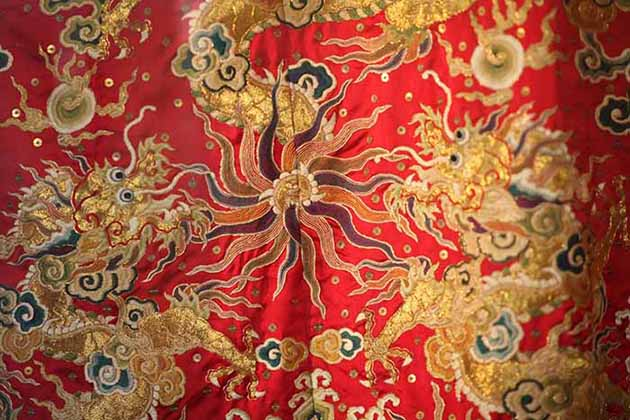 Vietnamese Embroidery Art - Quintessence of Vietnamese Paintings