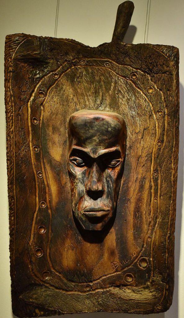 Wooden Portrait 53 - Bui Duc